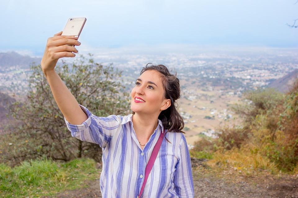 Huawei P Smart obal se může stát vaší vizitkou