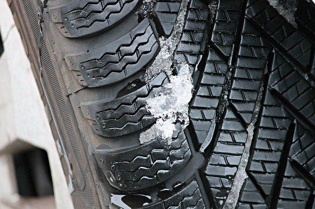 pneumatika se zimním vzorkem
