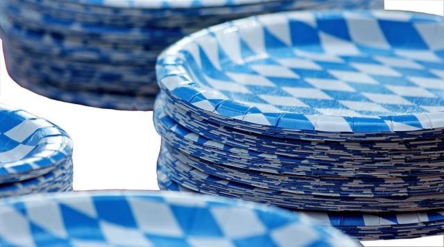 papírové talířky